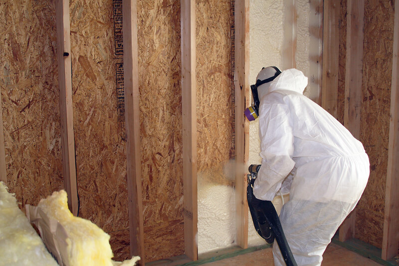 Three Reasons Why Spray Foam Can Be A Better Insulator